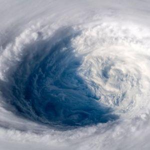 Bão Trà Mi hướng về Nam Nhật Bản, cảnh báo 'rất mạnh'